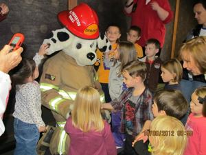 Sparky Visits the Boaz Library